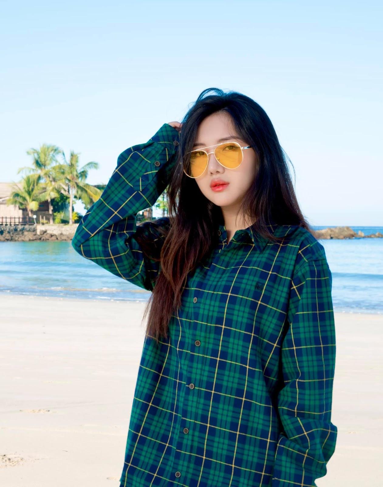 Su Eaint San Fashion Photos At Ngapali Beach