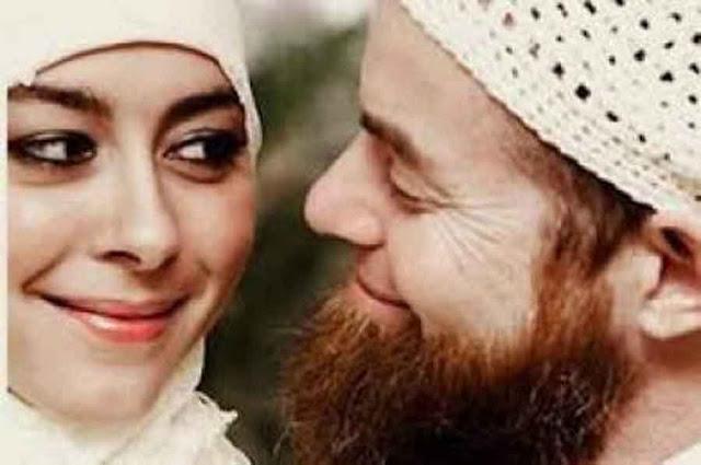 Hati-hati Kalau Panggil Istri Dengan Sebutan 'Mama', 'Bunda' atau 'Dek'! Ini Hukumnya...