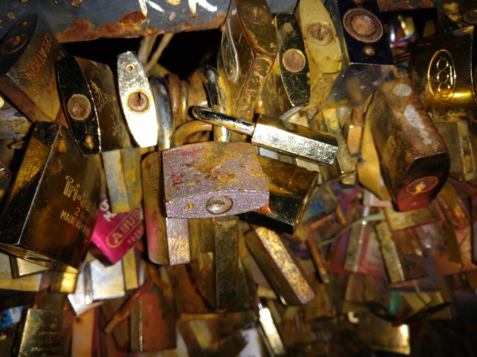 The infamous locks of Paris