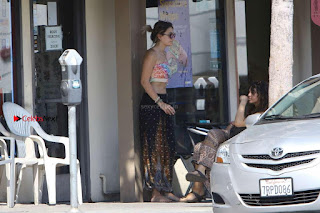 Paris-Jackson-Seen-at-Tattoo-Mania-in-West-Hollywood-07+%7E+SexyCelebs.in+Exclusive.jpg