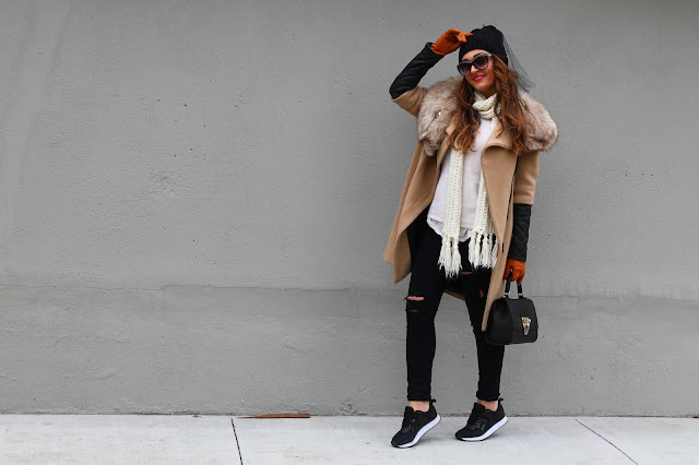 how to layer, camel coat, winter outfit, how to wear sneakers, canadian fashion blogger, fashion blogger outfit, sporty trend outfit, kako nositi patike zimi, kako nositi crne patike
