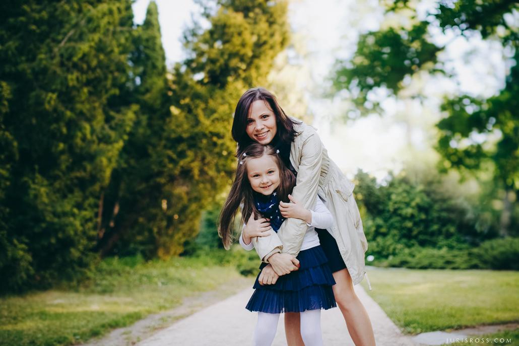mammas un meitas attiecības