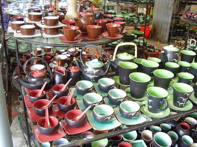 Bat Trang - Traditional ceramic village in Hanoi 2