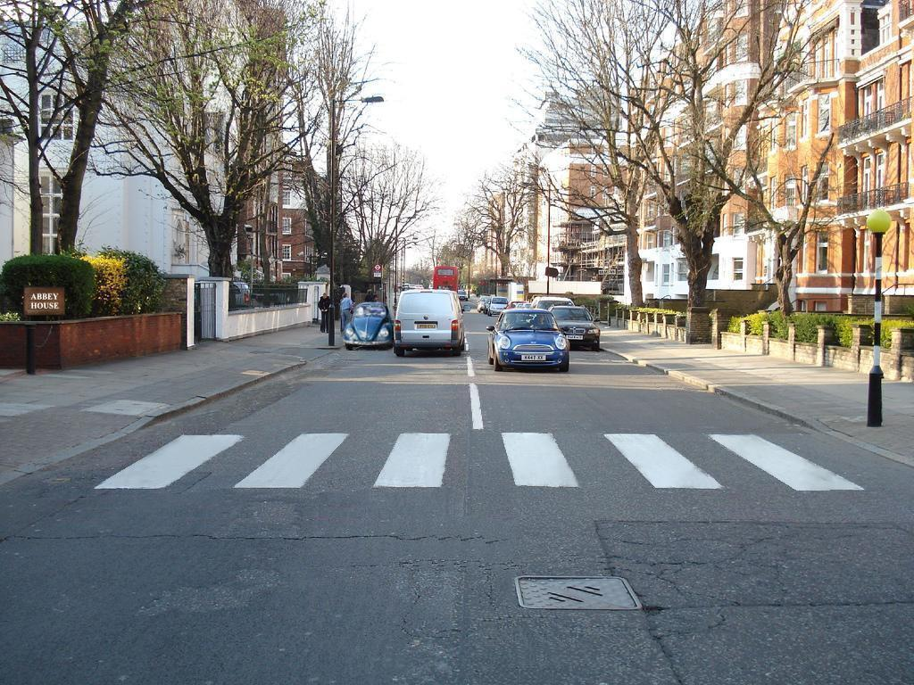 Line Drawing Of Zebra Crossing : The daily beatle relocation of abbey road zebra