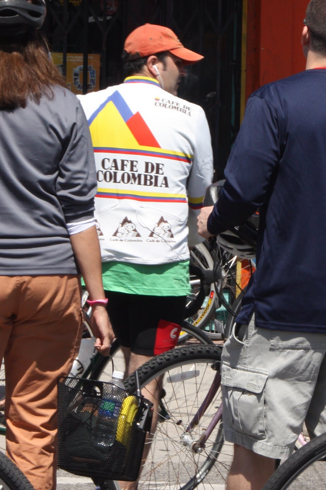 The Claremontcyclist Cafe De Colombia Rides Again