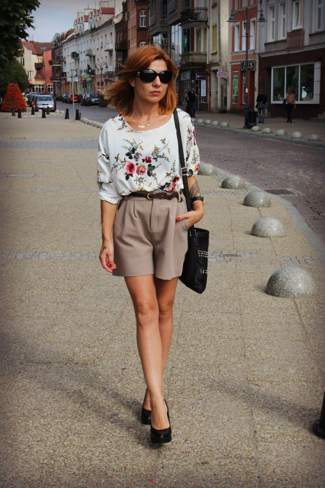 Blouse with flowers – SheIn