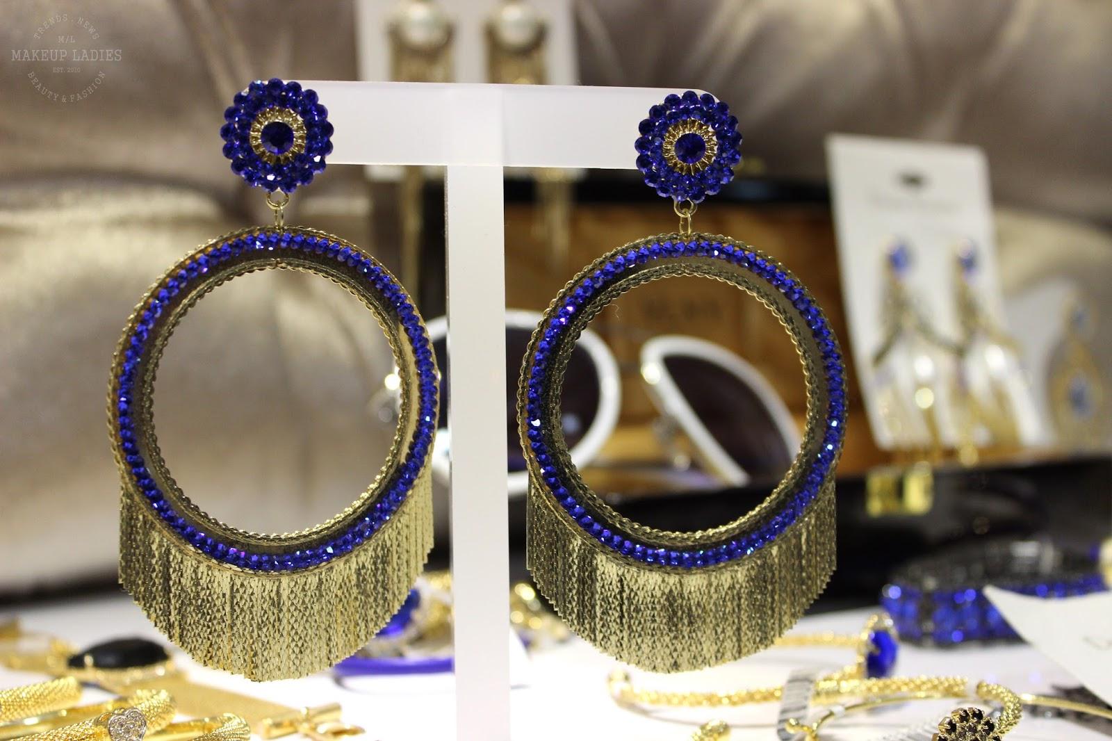 A Donna Moderna além da Ludora, vende a renomada Via Lorran, grife de óculos  que é sucesso absoluto na telinha da Globo, em horário nobre. 0e945235d0