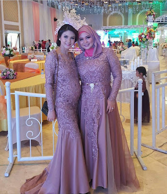Model Kebaya Panjang Brokat