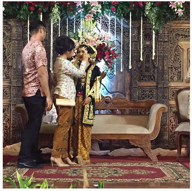 SUASANA HARU, Resepsi Pernikahan Pengantin, Wanita Ini Di Tinggal Mempelai Pria , MENGAHARUKAN