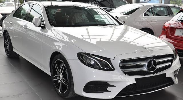 Mercedes E300 AMG 2017 nhập khẩu được thiết kế hoàn toàn mới theo phong cách thể thao, sang trọng và lịch lãm