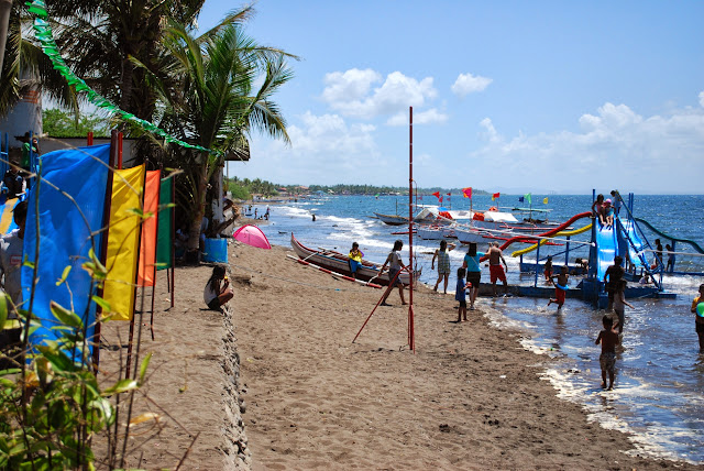 What to do on the beach at Villa del Prado beach resort