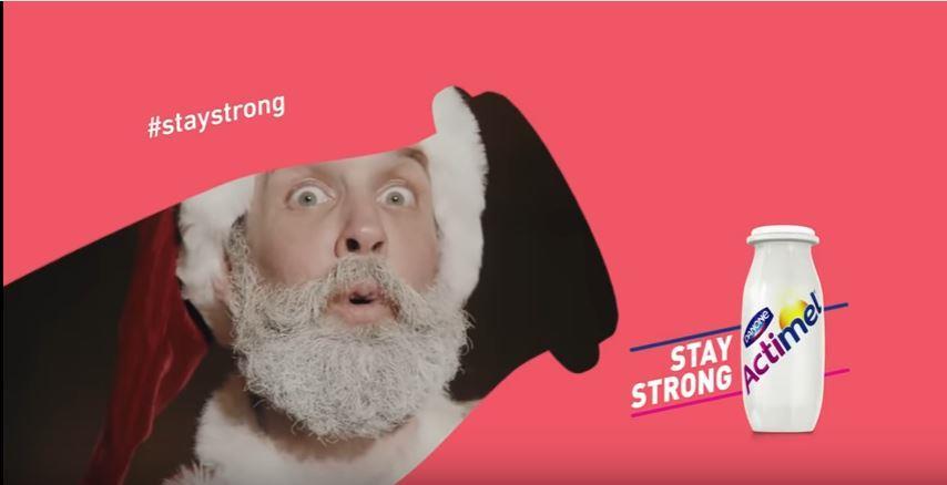 Canzone Actimel pubblicità con attori vestiti da babbo Natale - Musica spot Dicembre 2016