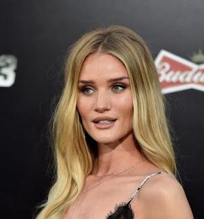 Top 100 Artis Hollywood Paling Hot & Seksi Serta Foto Profil Versi Wah Ok