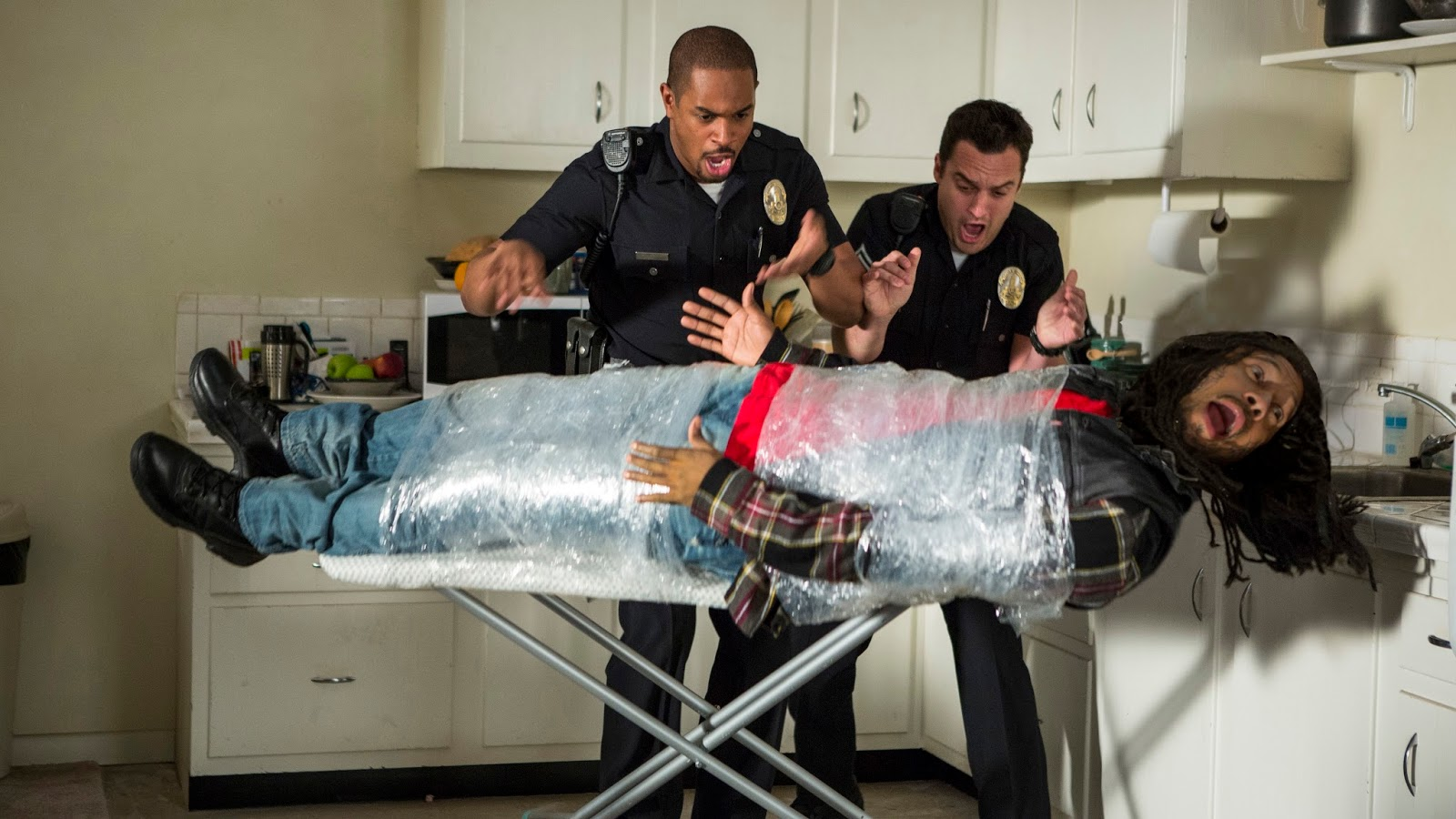 Let's Be Cops Jake Johnson Damon Wayons Jr.