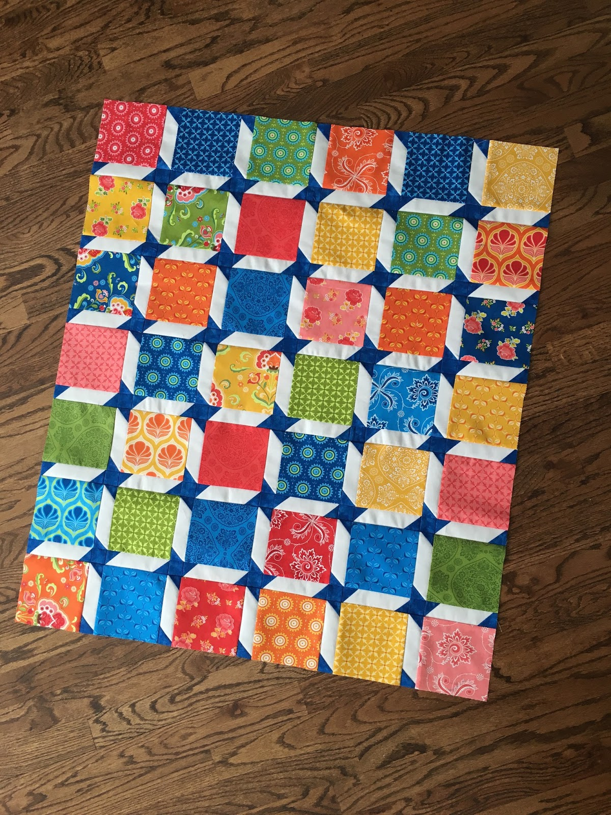 JulieQ Quilts: My Baby Quilt Version of The Friendship Star ... : sashing on quilts - Adamdwight.com