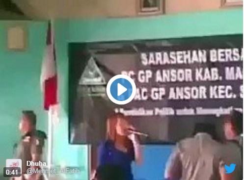 Tarik Maaang…. Goyang Terus… Inilah Kelakuan GP Ansor yang Bubarkan Pengajian Ust. Felix Siaw
