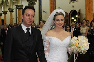 http://colunapaul.blogspot.com.br/2016/09/casamento-mariana-e-jose-carlos.html
