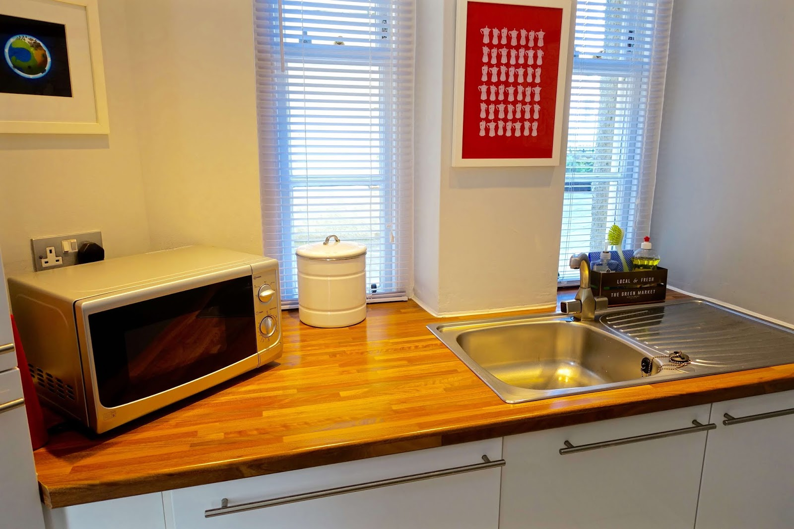kitchen at stylish old town retreat in grassmarket