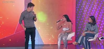 Gretchen tirou sarro do apresentador Rodrigo Faro no Hora do Faro deste domingo (15)