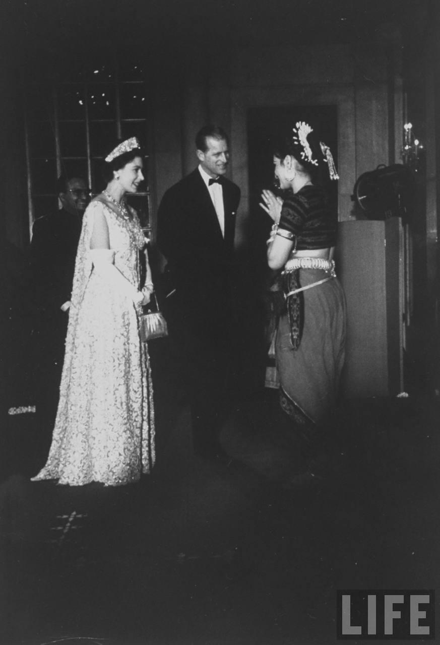 La reina Isabel II y Felipe.