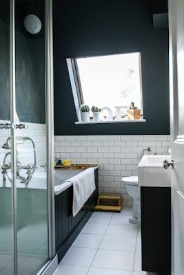 แบบห้องน้ำขนาดเล็ก สีดำ ขาว