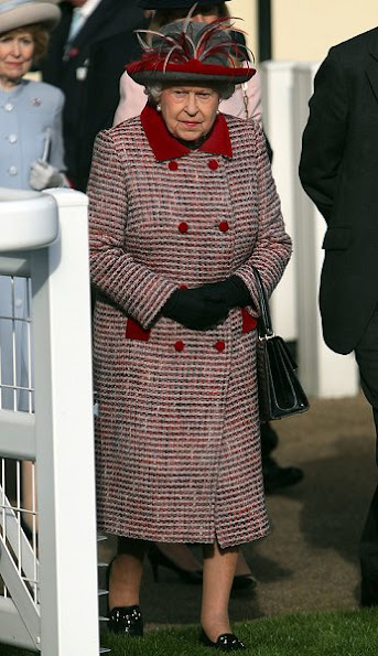 Britain's Queen Elizabeth at Ascot QIPCO British Champions Day Queen Elizabeth Style wore suit dress coat earrings bag
