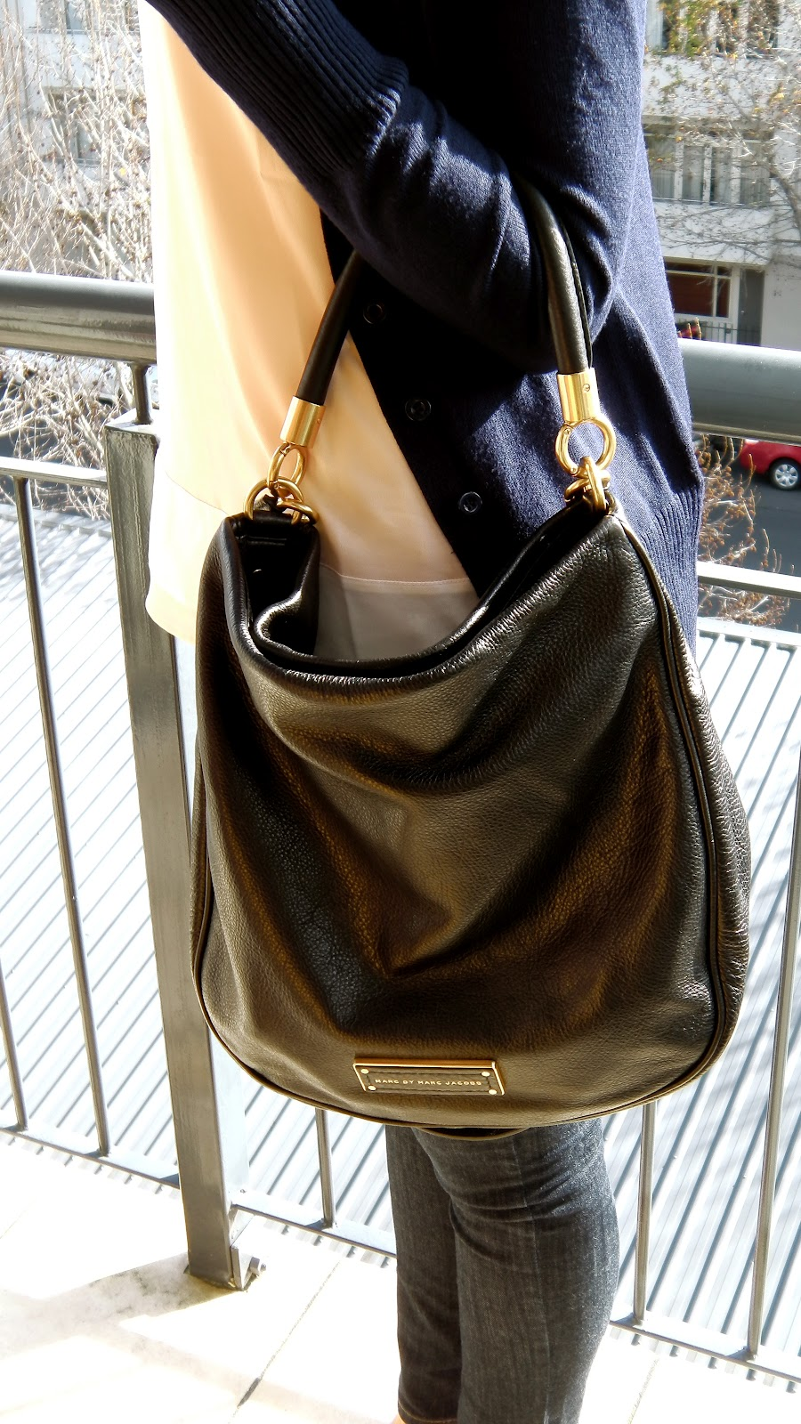 I Love Versatility In A Bag And That S Exactly What The Too Hot To Handle Delivers You Can Wear It Up 4 Different Ways