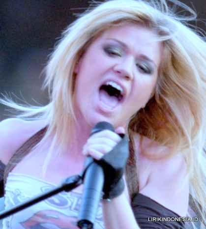 Lirik Because of you dari Kelly Clarkson