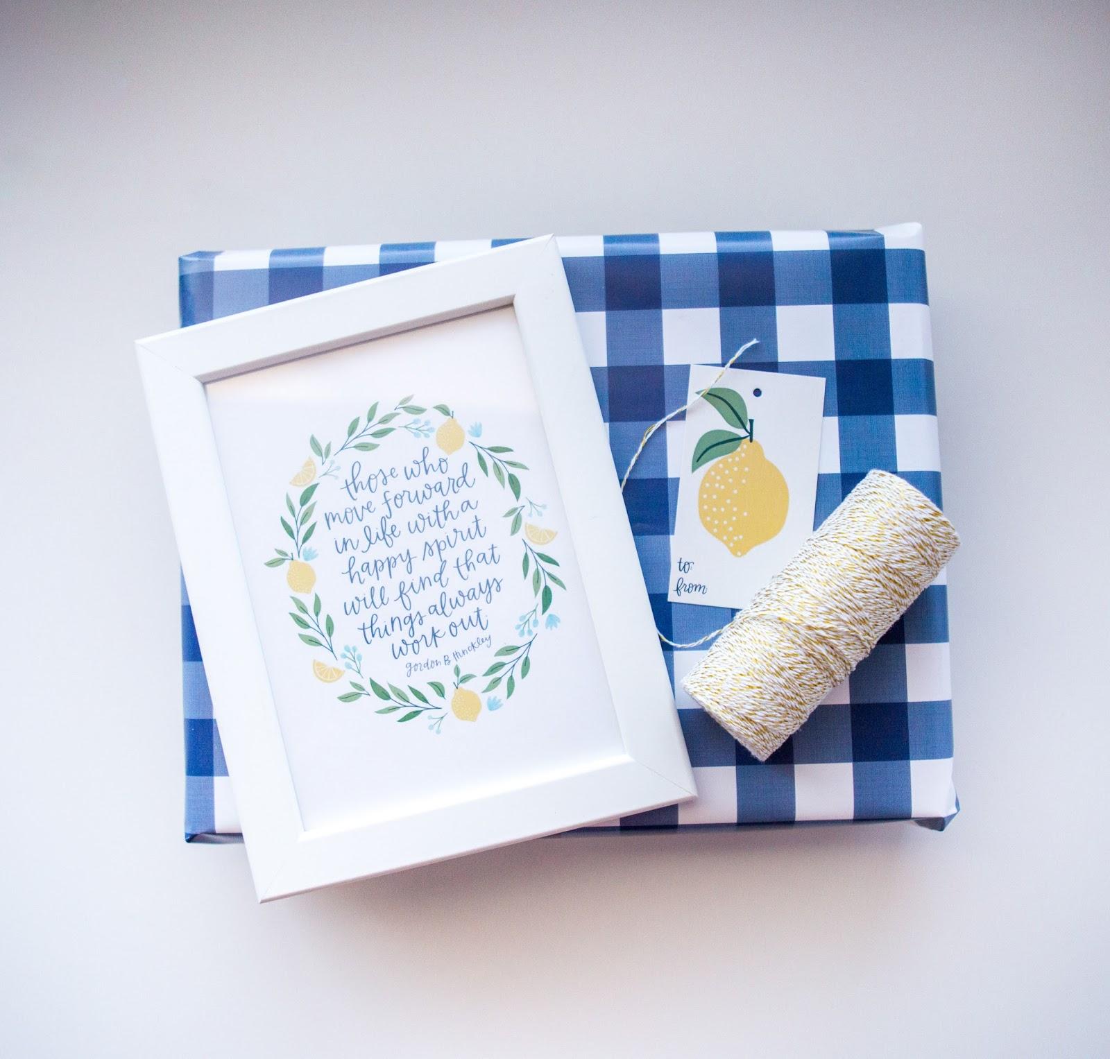 wrapping paper alexa z design
