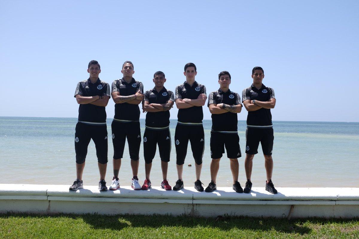 Chelito Zaldívar, Titán Salcedo, Orbelín Pineda, Marco Bueno, Michael Pérez y Charlie Cisneros.