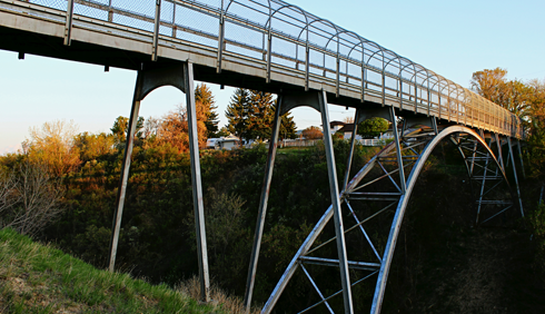kin coulee bridge medicine hat