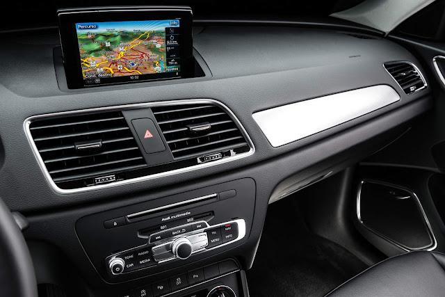Audi Q3 Flex 2017 - interior