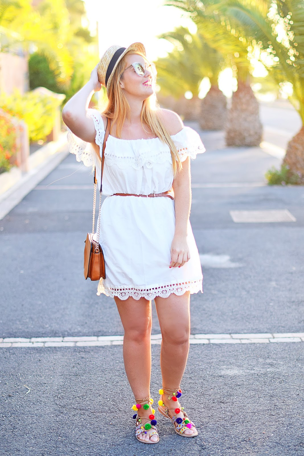 dress with off-shoulder, nery hdez, gioseppo, sandalias pom pom, borsalino, zerouv