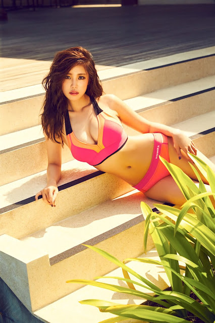 2 Jun Hyo Seong - Cosmopolitan Photoshoot - very cute asian girl-girlcute4u.blogspot.com