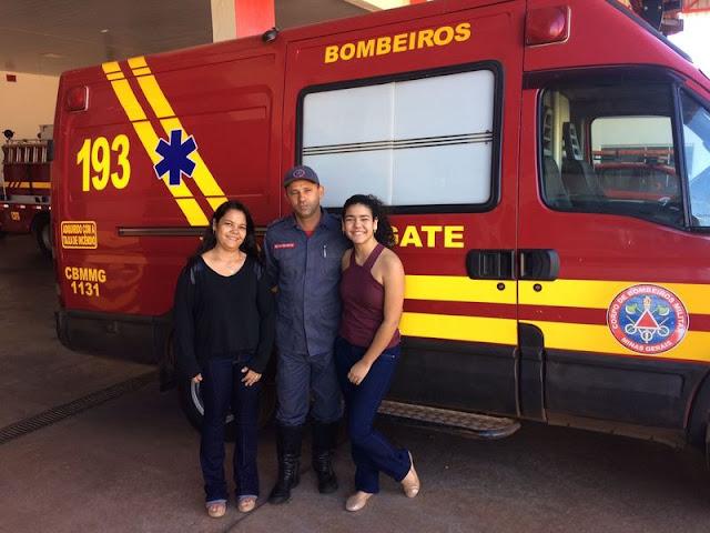 Mãe e filha se reencontraram com o Tenente Wender em Ituiutaba || Divulgação/CBMMG