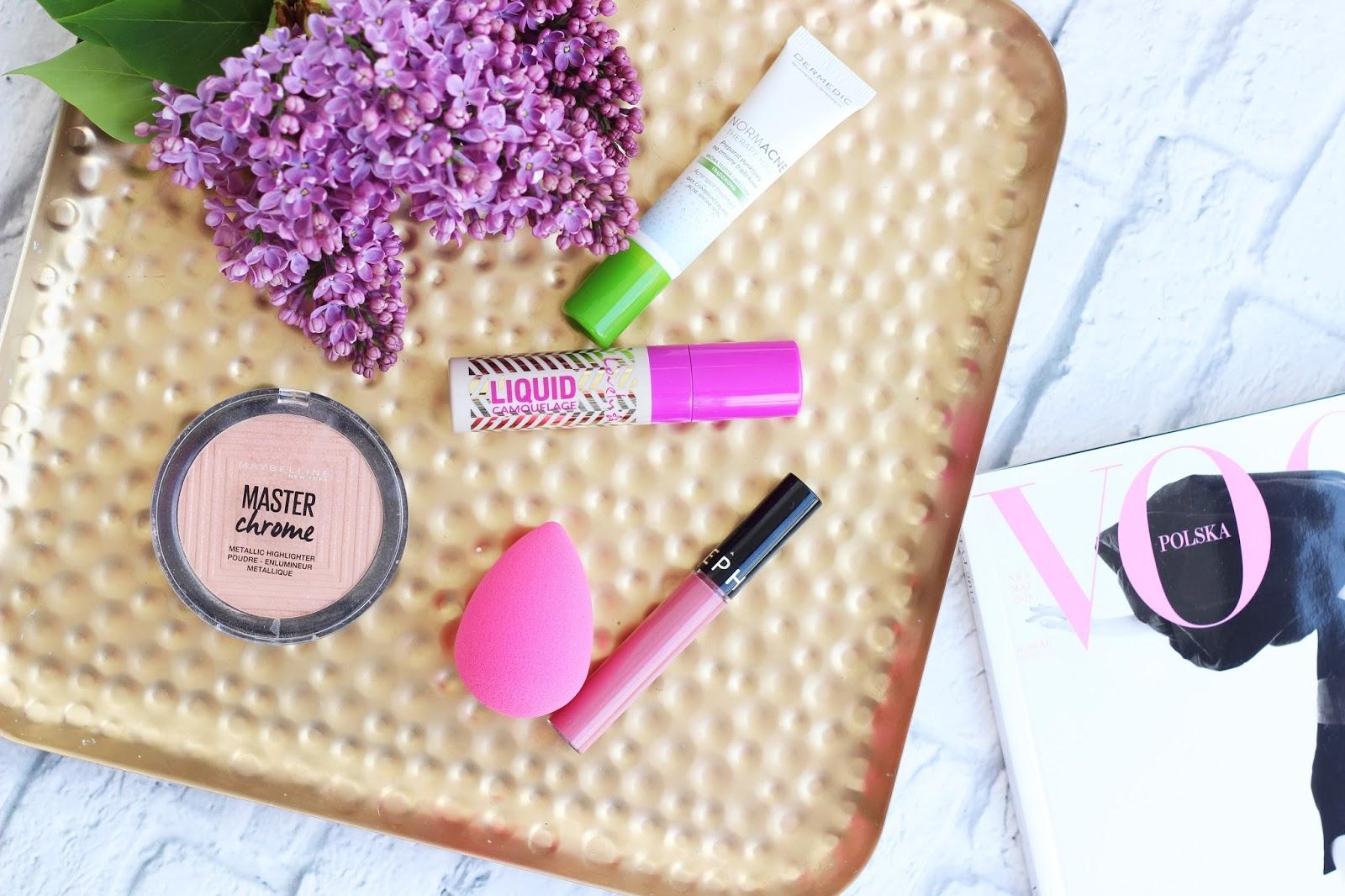 Ulubieńcy kwietnia - tani zamiennik BeautyBlender, dobrze kryjący korektor i sposób na szybkie pozbycie się pryszcza