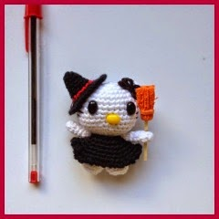 MINI HELLO KITTY DE HALLOWEEN