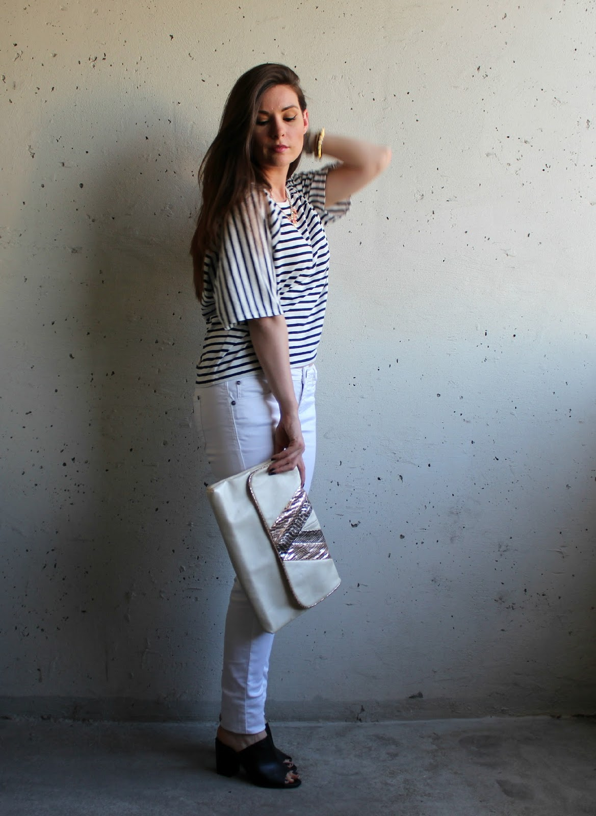 white jeans, striped shirt, envelope clutch, mules