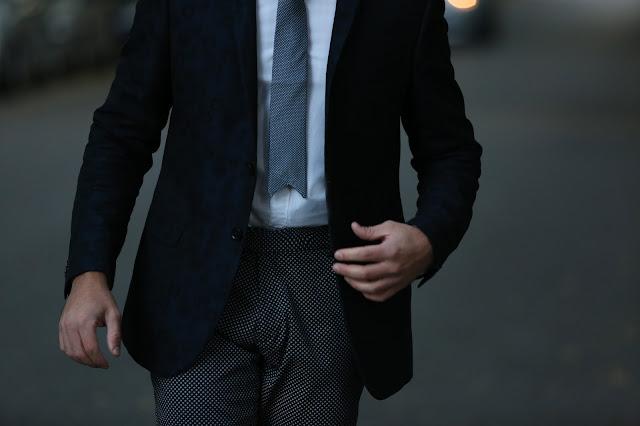 cravatta lorenzo zani punta a triangolo