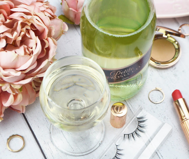 Petite Prosecco Lower Calorie & Sugar Bubbles, Lovelaughslipstick Blog