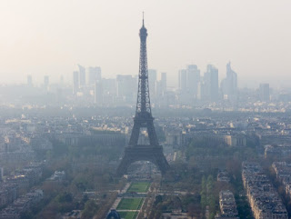 Paris plans to ban petrol and diesel cars by 2030