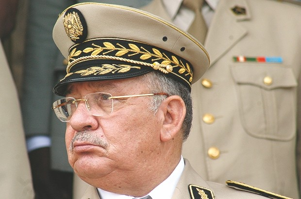 رسالة قايد صالح القوية القادمة من وهران