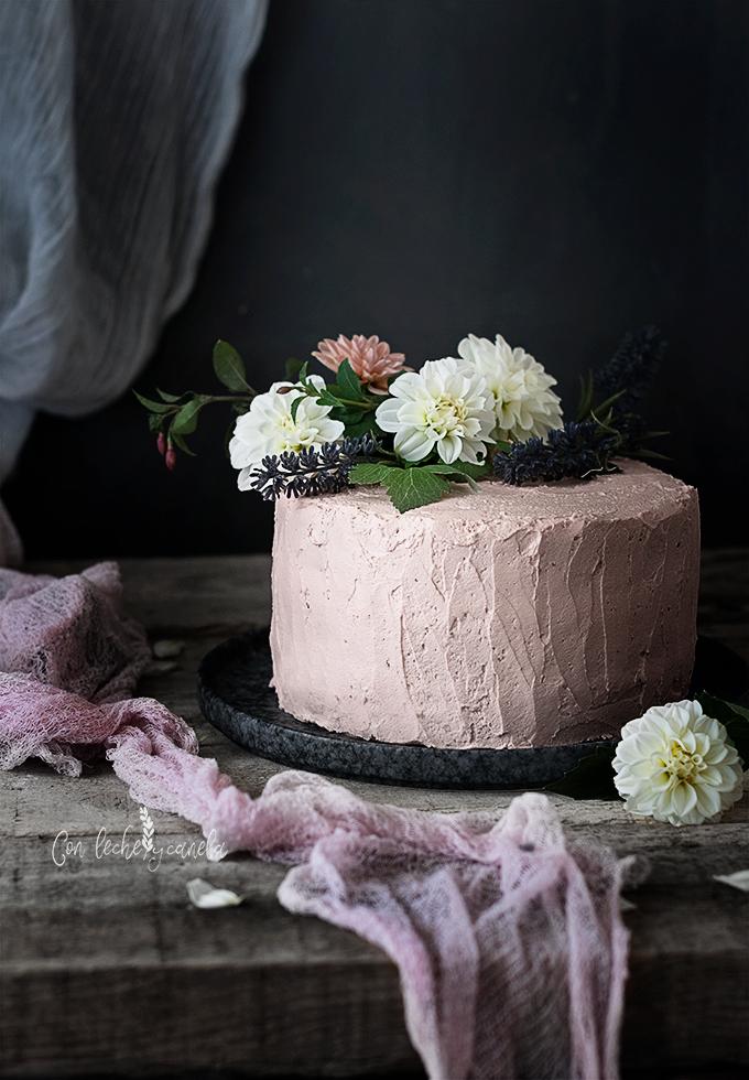 tarta de canela con nata y crema de mascarpone receta