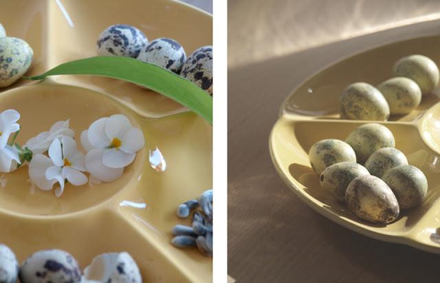 Påskefad med æg og blomster