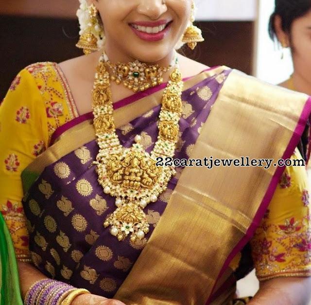 Bride in Pachi Nakshi Long Chain