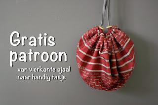 http://doemijmaaruiensoep.blogspot.nl/2015/04/gratis-naaipatroon-van-vierkante-sjaal.html