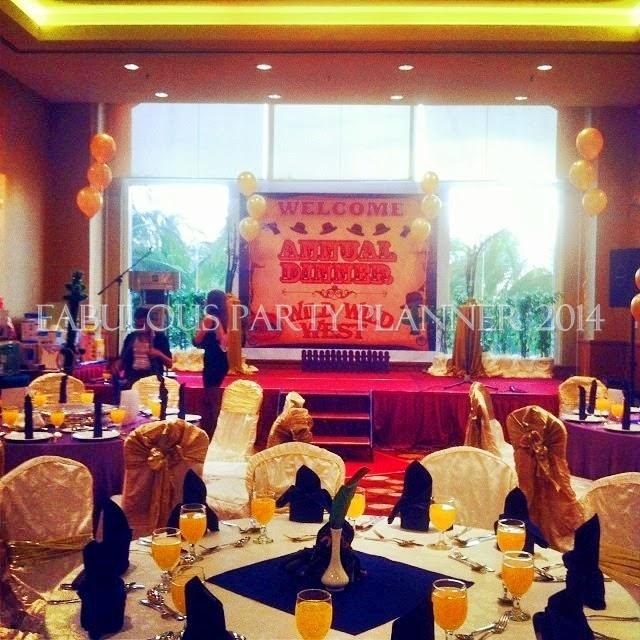 Event planner manager dinner family day management kids for Annual dinner decoration
