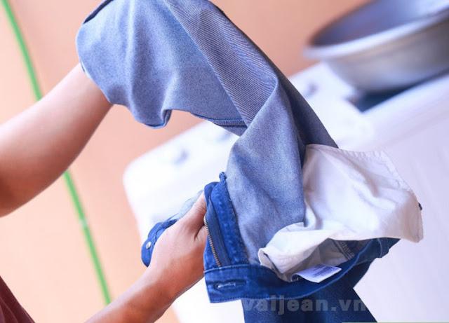 5 mẹo nhỏ giúp quần jean luôn bền đẹp như lúc mới mua