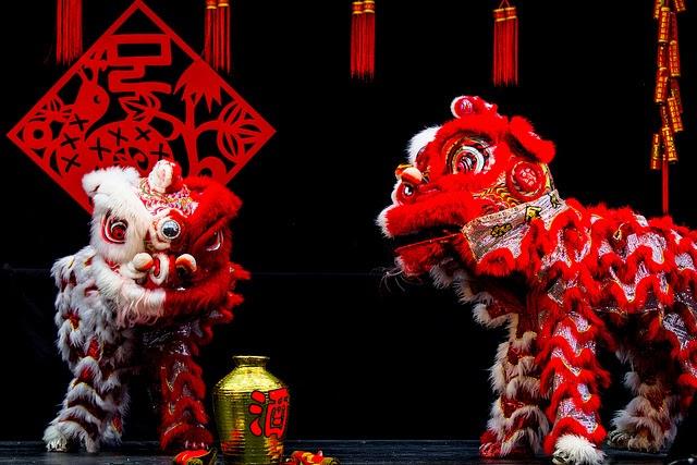 Chance, porte-bonheur, menus du Nouvel An Chinois, coq rouge