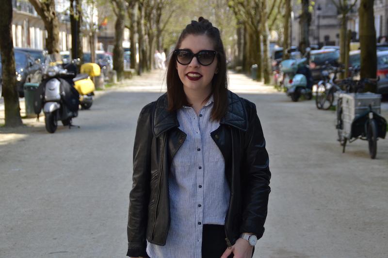 perfecto noir Isabel Marant, chemise rayé en lin New Look,pantalon tailleur Mango lunette de soleil Prada, Stan Smith, sac city Balenciaga, montre cluse